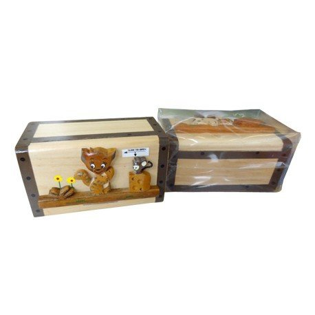 Hucha de madera con diseño de animales