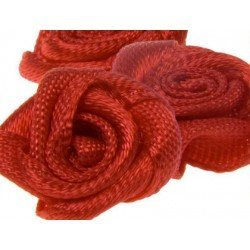 Rositas de tela color rojo itKrea